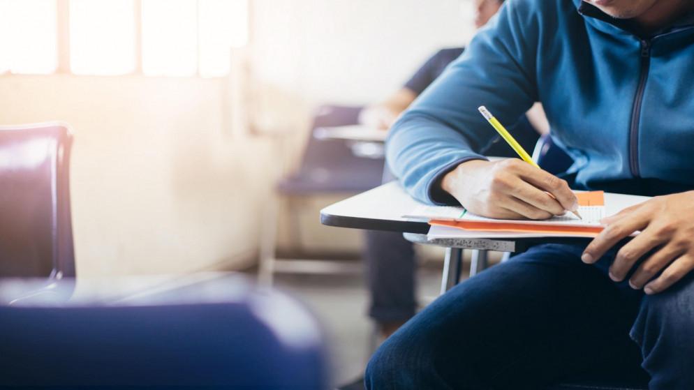 وزارة التربية والتعليم ستعلن نتائج التوجيهي بعد تدقيقها حتى لا يكون أي نوع من الأخطاء في النتائج. (shutterstock)