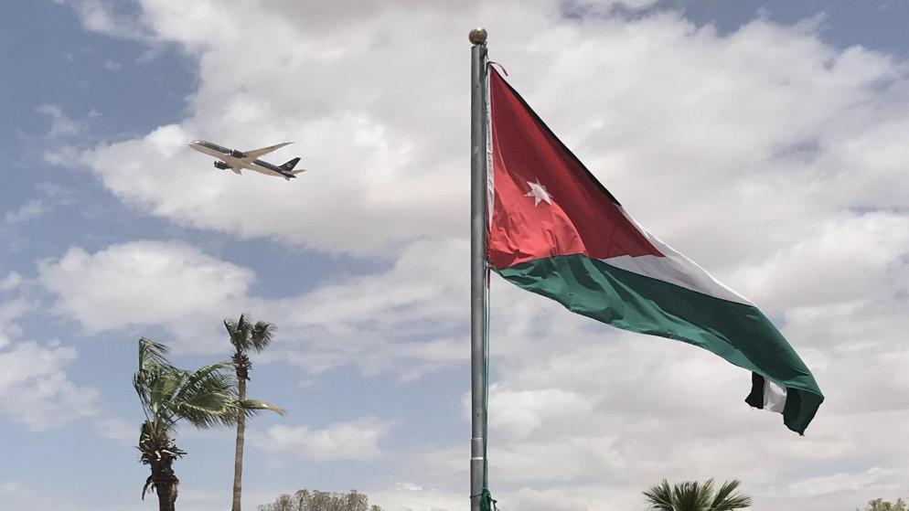 صورة أرشيفية لطائرة مقلعة من مطار الملكة علياء الدولي في عمان. (صلاح ملكاوي/ المملكة)