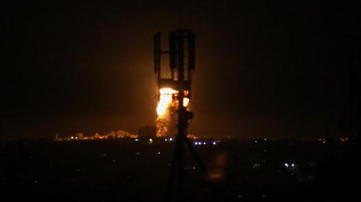 طائرات الاحتلال الإسرائيلي تستهدف موقعا شمالي قطاع غزة