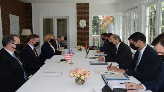 وزير الخارجية يلتقي مستشار الأمن القومي الأميركي في واشنطن