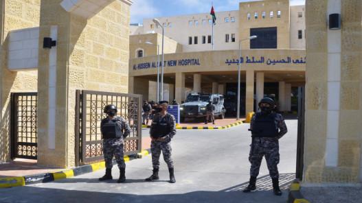 السيطرة على حريق في طابق بمستشفى الحسين في السلط