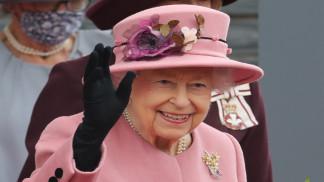ملكة بريطانيا تقضي ليلة في المستشفى لإجراء فحوصات طبية