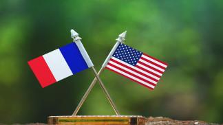 بايدن وماكرون ناقشا تعزيز الدفاع في أوروبا