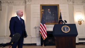 """بايدن يشيد بإقرار مجلس الشيوخ الخطة الاقتصادية وسط """"حاجة ماسة إليها"""""""