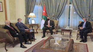 رئيس الوزراء يؤكد حرص الأردن على أمن واستقرار العراق ومسيرة البناء فيه