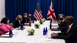 وزيرا الخارجية البريطاني والأميركي يجريان مباحثات في نيويورك