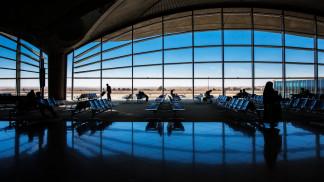 """مجموعة المطار: السماح بدخول مطار الملكة علياء يقتصر على """"سند أخضر"""""""