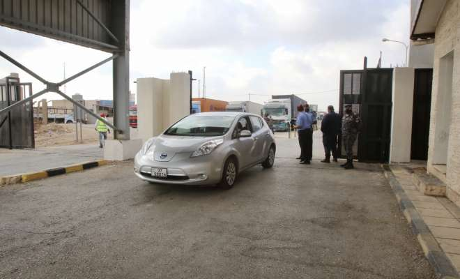 إعادة فتح الحدود الأردنية مع سوريا